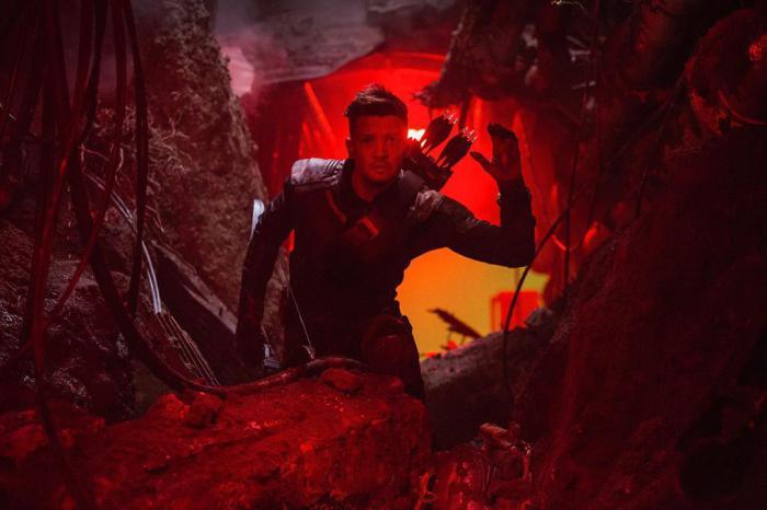 Image of Hawkeye / Hawkeye on the set of Avengers: Endgame (2019)