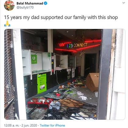 This is how his parents' store was in Chicago