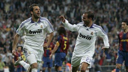 Ruud Van Nistelrooy and Arjen Robben advised Wesley Sneijder at Real Madrid (Shutterstock)