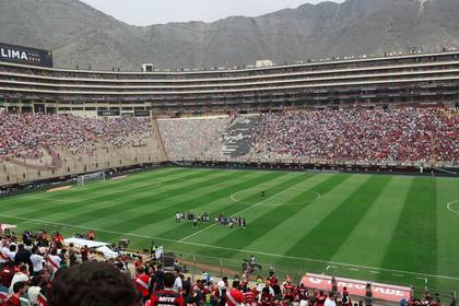 Illustrative file photo of the Monumental Stadium in Lima. Nov 23, 2019 REUTERS / Henry Romero