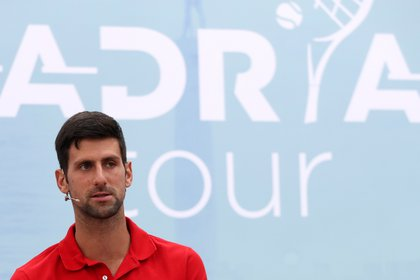 Novak Djokovic is now at the center of criticism (Reuters)