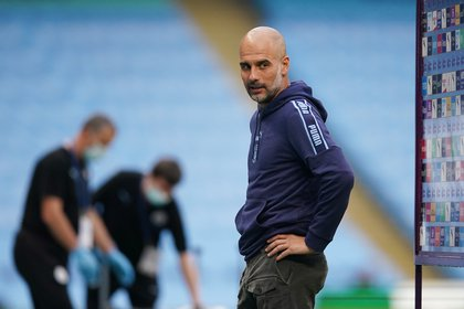 Guardiola asked to apologize to Manchester City (Reuters)
