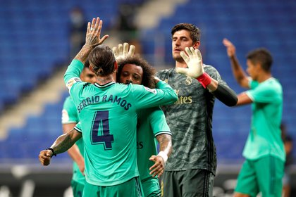 Real Madrid receive Getafe (COVID-19) REUTERS / Albert Gea